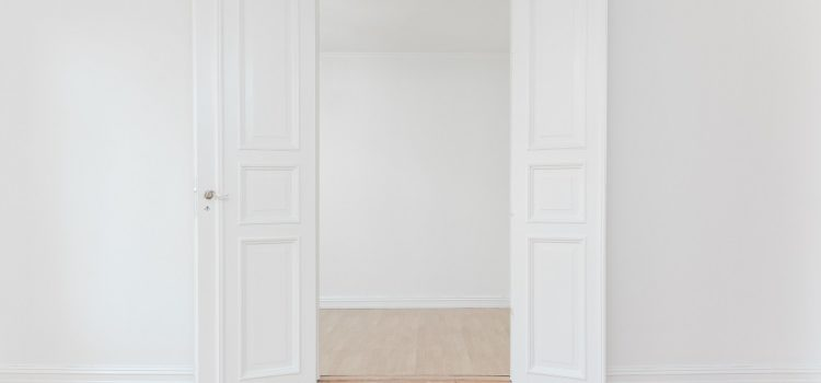 Jakie drzwi do domu wybrać? – trendy na 2020 rok