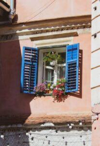 Dobrze dobrane okna chronią przed upałem