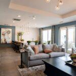 Sufit napinany – ciekawy sposób na powiększenie salonu